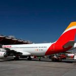 "Iberia presenta su nuevo servicio ""Bag on Board"""